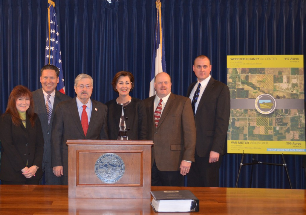 Dallas County Team with Governor Branstad and Lt. Governor Reynolds at Certified Sites Announcement